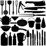 Batterie de cuisine, couteaux, matériels de cuisson Images stock