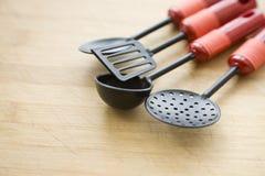 Batterie de cuisine sur le hachage image libre de droits