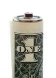 Batterie eingewickelt in einem Dollarschein Stockbild