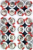 Batteries sur le fond blanc Plusieurs batteries photographie stock libre de droits