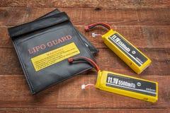 Batterires de LiPO com os sacos de carregamento protetores Imagens de Stock Royalty Free
