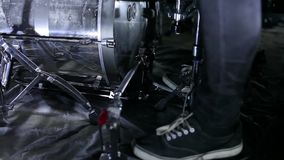 Batterista nella ripetizione archivi video