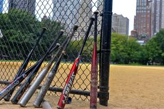 Battes de baseball et barrière, Central Park, NYC Photographie stock