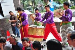 Batteur de danse de lion Images libres de droits
