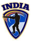 Batteur de joueur de cricket maniant la batte la rétro Inde Photos libres de droits