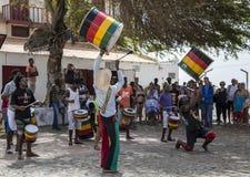 Battez du tambour de la bande dans la place sur le sel, Cap Vert Photo libre de droits