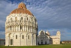Battistero, cattedrale e beltower di Pisa, Toscana, Italia Fotografie Stock