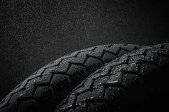 Battistrada bagnato del motociclo Fotografia Stock