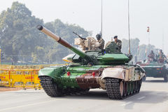 Battle Tank and military men take part in rehearsal activities for the upcoming India Republic Day parade. New Delhi, India. NEW DELHI, INDIA - JANUARY 23, 2017 Royalty Free Stock Photos