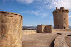 Battlements do castelo de Bellver, Palma, Majorca Imagens de Stock Royalty Free