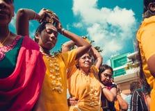 BATU FOUDROIE, SELANGOR, MALAISIE - 31 janvier 2018 les passionnés indous célèbrent le festival de Thaipusam avec le cortège, off photo stock