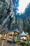 Batu holt Kuala Lumpur Malaysia, toneel binnenlands die kalksteenhol met binnen tempels en Hindoese heiligdommen, reisbestemming  stock foto's