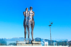 Batumi, Adjara, de Man van het het metaalbeeldhouwwerk van Georgië en Vrouw of Ali en Nino Stock Fotografie