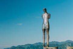 Batumi, Adjara, Geórgia Escultura movente do metal criada por Georg Fotografia de Stock Royalty Free