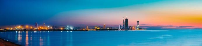 Batumi, Adjara, Georgia Bunter heller Abend-Himmel über Erholungsort Lizenzfreie Stockfotografie