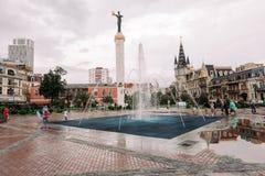 BATUMI GEORGIA - September 10, 2018: Staty av Medea i mitten av Batumi royaltyfri fotografi