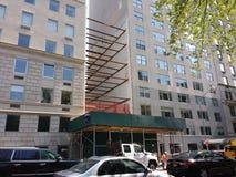 Bau auf 5. Allee, Oberleder-Ostseite, NYC, USA Lizenzfreie Stockbilder