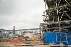 Bau der Anlage auf der Verarbeitung von hydrocarbonic Rohstoffen lizenzfreies stockbild