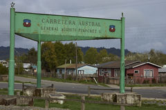 Bau des Carretera Austral Stockfotos