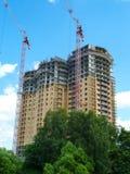 Bau des mehrstöckigen monolithischen Hauses Stockfoto