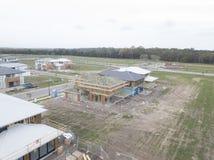 Bau des neuen Hauses auf einem Geschosshauptdesign der Betonplatte 2 Stockfotografie
