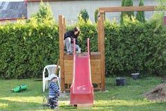 Bau des Spielplatzes Stockfotos