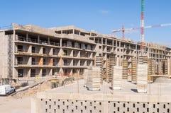 Bau eines Gebäudes in Los Abrigos in südöstlich t lizenzfreie stockfotografie