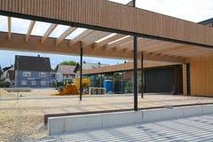 Bau eines Gemeindegebäudes im Dorf in Deutschland stockfotografie