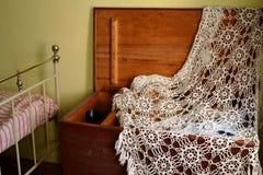 Bau i stary łóżko Fotografia Stock