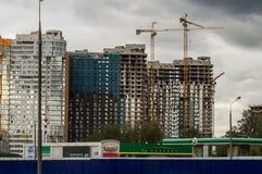 Bau von Apartmenthäusern in der russischen Hauptstadt - Moskau Stockbilder