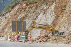 Bauarbeiten für Expansion der Straße Stockbilder