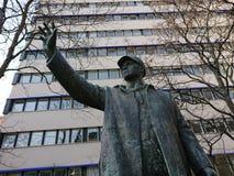 Bauarbeiter的古铜色雕象,柏林,德国 免版税库存图片
