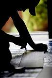 Bauarbeiter gestalten um (Schattenbild) Lizenzfreie Stockbilder