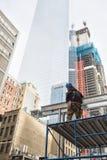 Bauarbeiter im Lower Manhattan Stockfotos