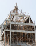 Bauarbeiterarbeit über die Gestaltung eines Gebäudes Stockbilder