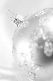 Bauble de prata do Natal fotos de stock royalty free