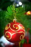 Bauble på julgran Fotografering för Bildbyråer