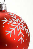 Bauble vermelho do Natal do floco de neve Foto de Stock Royalty Free