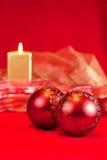 Baubles и свечка рождества Стоковые Фото