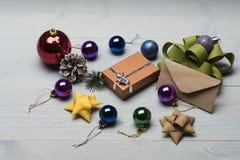 Baubles и украшения рождества Стоковые Изображения RF