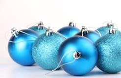 Baubles azuis do Natal Imagens de Stock