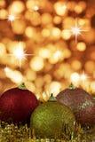 baubles cristmas złocisty czerwony kolor żółty Obraz Stock