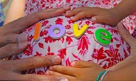 Bauch-Liebe lizenzfreie stockbilder