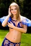 Bauchtänzerin im Blau Lizenzfreies Stockfoto
