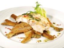 Baudroie - poisson de p?cheur ? la ligne sur le fenouil pan? images stock