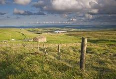 Bauernhaus auf Yorkshire-Heidemoor Lizenzfreie Stockfotos