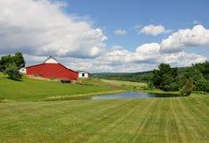 Bauernhof im Land Stockfotos