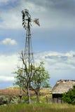 Bauernhof-Windmühle Lizenzfreie Stockbilder