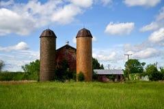 Bauernhofsilos Stockfotografie