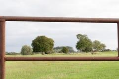 Bauernhofzaunstandpunkt Stockfotos